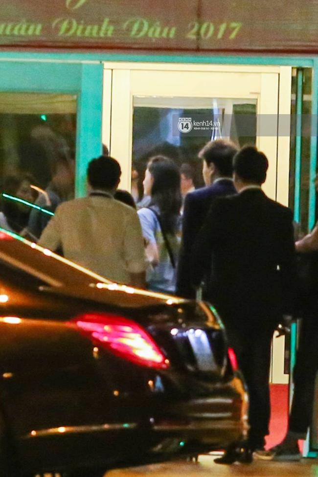 Sau 1 ngày hoạt động liên tục, Yoona vẫn vui vẻ vẫy tay chào tạm biệt fan Việt trước khi trở về Hàn - Ảnh 16.