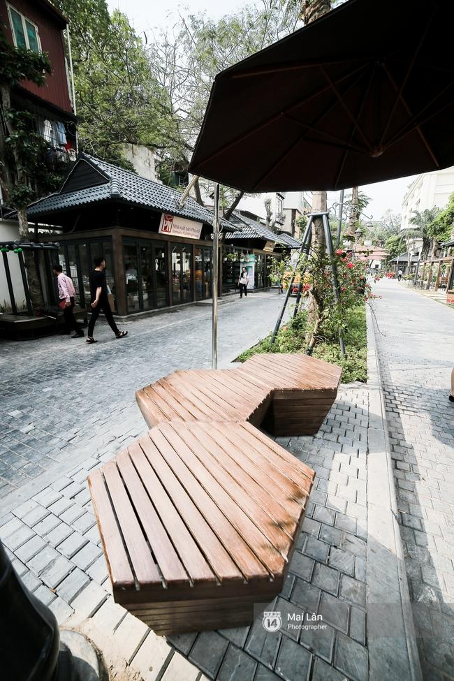 Bãi đỗ xe ồn ã một thời lột xác thành phố sách đầu tiên tuyệt đẹp ngay giữa trung tâm Hà Nội - Ảnh 9.