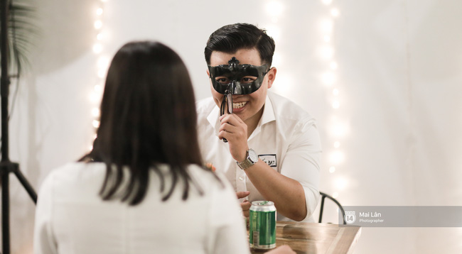 Blind Date - Love At No Sight: Khi những cuộc hẹn hò giấu mặt trong phim bước ra ngoài đời thực - Ảnh 4.