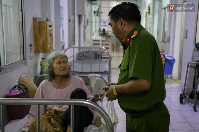 Hình ảnh ấm áp: Công an thức khuya dậy sớm nấu cháo phát miễn phí cho bệnh nhân nghèo ở Sài Gòn - Ảnh 17.