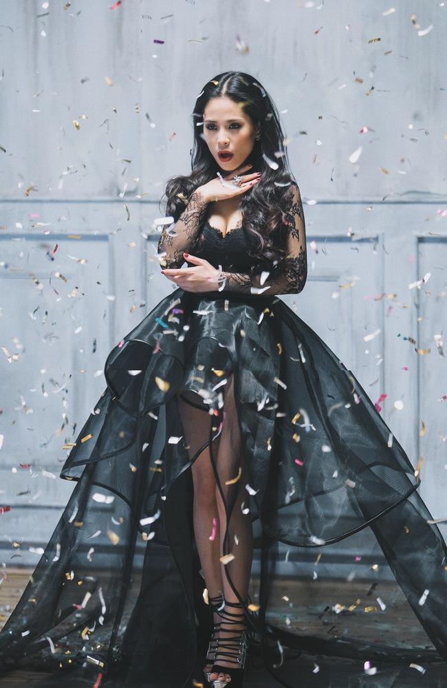 Ca nương Kiều Anh mãi mới chịu ra mắt MV đầu tiên trong sự nghiệp - Ảnh 3.