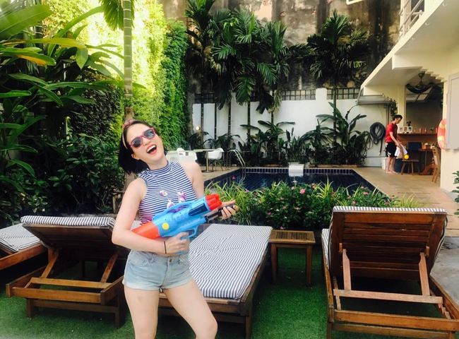Ngắm mãi không hết trai xinh gái đẹp tại lễ hội té nước Songkran ở Bangkok! - Ảnh 9.