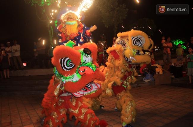 Hàng vạn người đổ ra đường hòa mình cùng lễ hội đường phố cực sôi động ở Đà Nẵng - Ảnh 17.