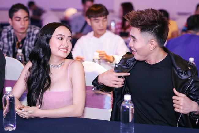 Will và Kaity Nguyễn lần đầu xuất hiện tình cảm cùng nhau sau tin đồn hẹn hò - Ảnh 4.