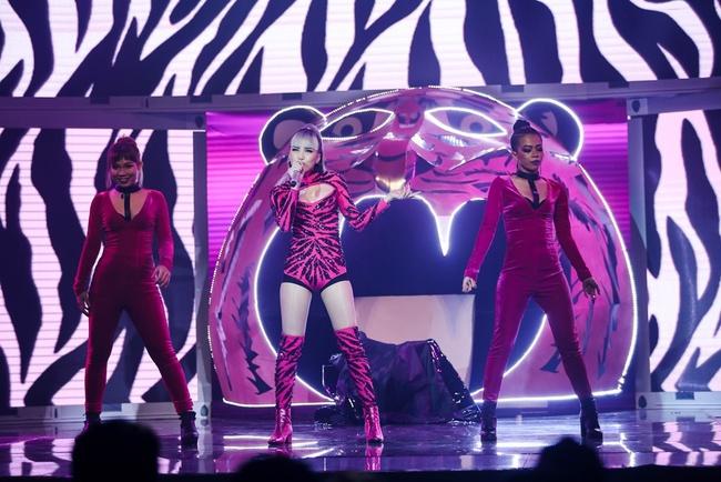Bảo Thy chiến thắng Thiều Bảo Trâm tại The Remix với loạt hit gợi lại tuổi thơ - Ảnh 16.