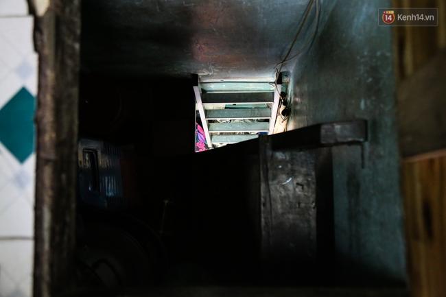 Cảnh sống ngột ngạt của hai mẹ con trong ngôi nhà 1m2 ở Sài Gòn, không nhà vệ sinh và nước sinh hoạt - Ảnh 13.