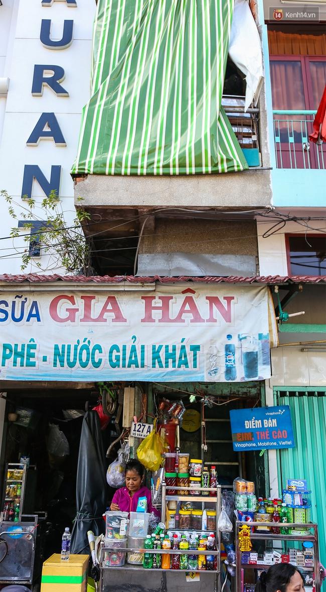 Cảnh sống ngột ngạt của hai mẹ con trong ngôi nhà 1m2 ở Sài Gòn, không nhà vệ sinh và nước sinh hoạt - Ảnh 2.