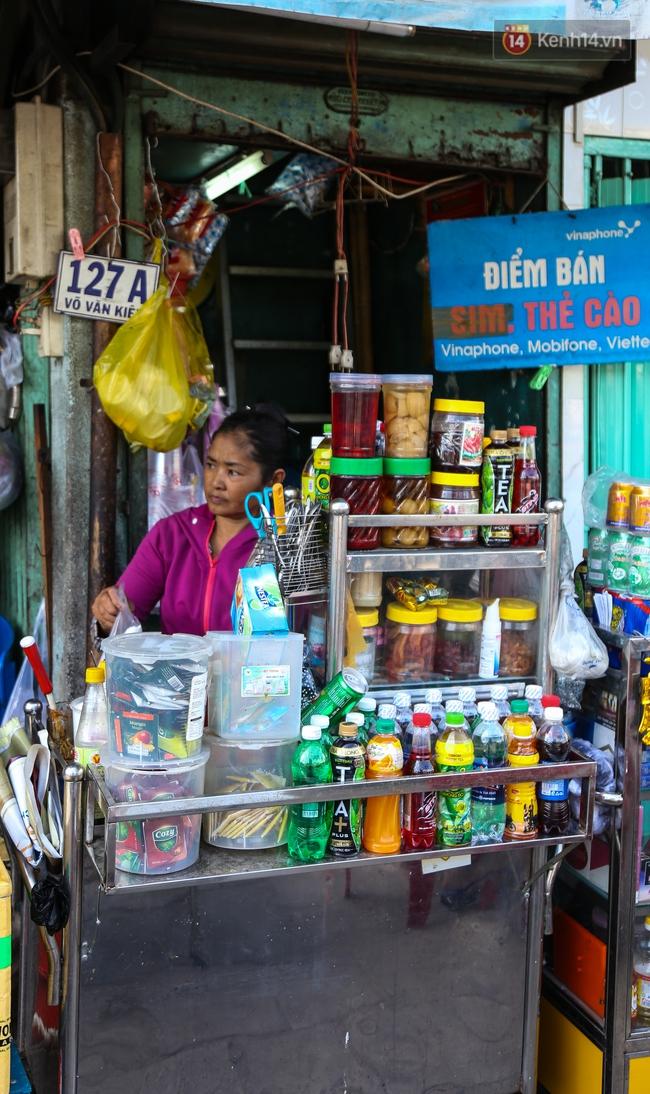 Cảnh sống ngột ngạt của hai mẹ con trong ngôi nhà 1m2 ở Sài Gòn, không nhà vệ sinh và nước sinh hoạt - Ảnh 15.