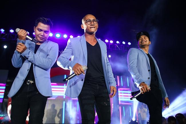 Sơn Tùng M-TP biểu diễn cực sung trước hàng ngàn khán giả tại sự kiện