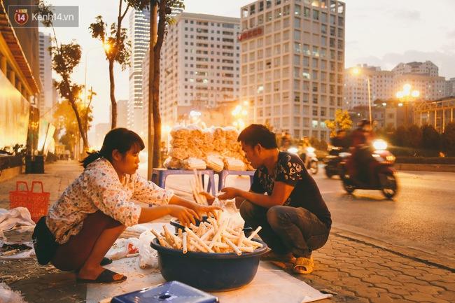 Bỏng gậy - Món quà quê dân dã của người Việt lại gây thích thú trên blog ẩm thực nước ngoài - ảnh 10