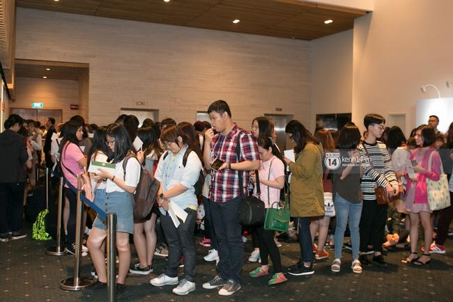 Clip: Fan Việt đồng thanh hát ca khúc debut của SNSD tặng Yoona - Ảnh 24.