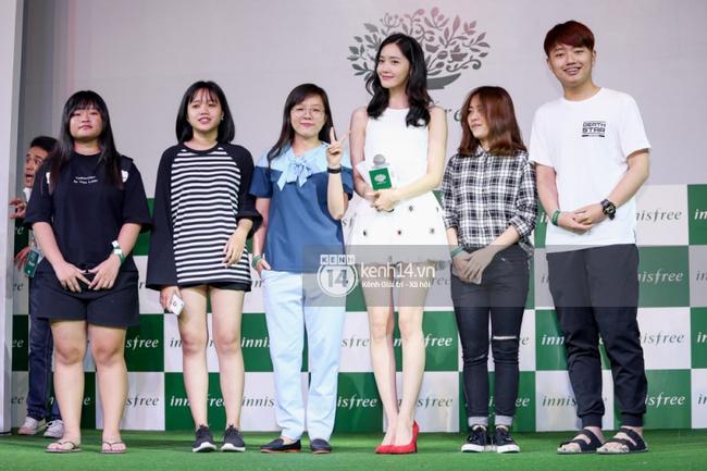 Clip: Fan Việt đồng thanh hát ca khúc debut của SNSD tặng Yoona - Ảnh 9.
