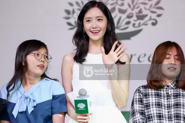 Clip: Fan Việt đồng thanh hát ca khúc debut của SNSD tặng Yoona - Ảnh 8.