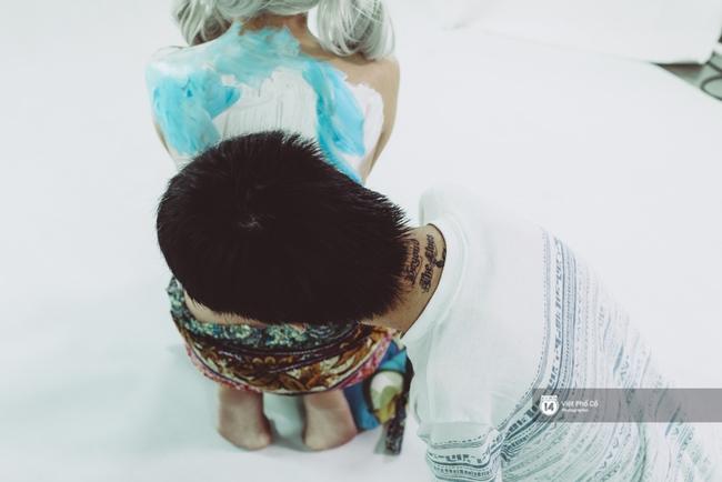 Hãy xem cách hoạ sĩ khuyết tật Lê Minh Châu vẽ body painting bằng miệng, bạn sẽ thấy không gì là không thể! - Ảnh 5.