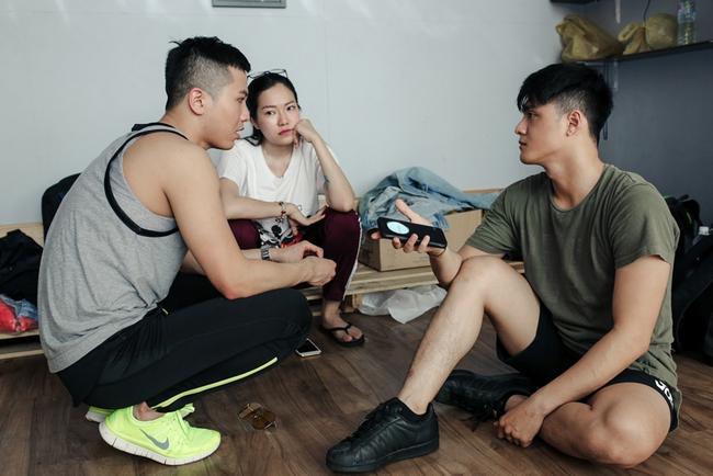 """Bỏ qua scandal, Lâm Vinh Hải vẫn làm việc cùng vợ cũ trong """"The Remix"""""""