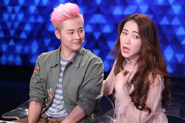 Hòa Minzy hú hét, phát cuồng vì trai cơ bắp trên truyền hình - Ảnh 5.