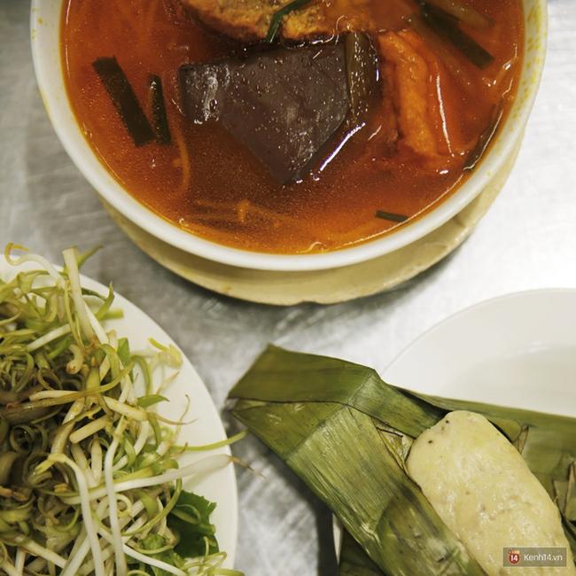 Một lần đi ăn thử bún riêu Bến Thành – món tủ của nhiều người nổi tiếng ở Sài Gòn - Ảnh 5.