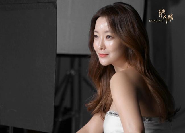Tranh cãi việc nữ diễn viên tự nhận mình đẹp hơn cả Kim Tae Hee và Jeon Ji Hyun - Ảnh 13.