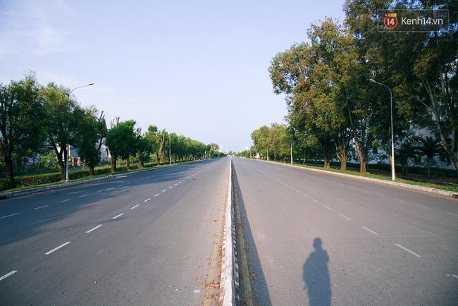 Có những ngày như thế: Sài Gòn không còi xe, khói bụi và không ùn tắc lúc 5 giờ chiều - Ảnh 16.