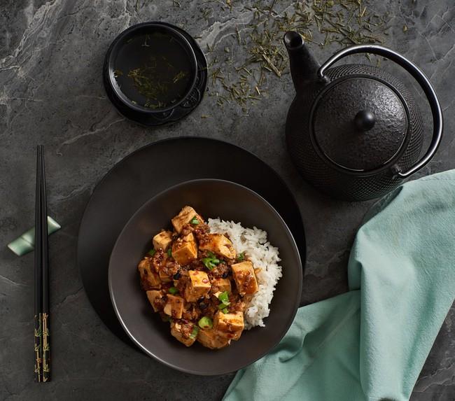 Bật mí nguyên liệu đặc biệt biến đậu hũ Tứ Xuyên trở nên đậm đà hương vị Việt - Ảnh 1.