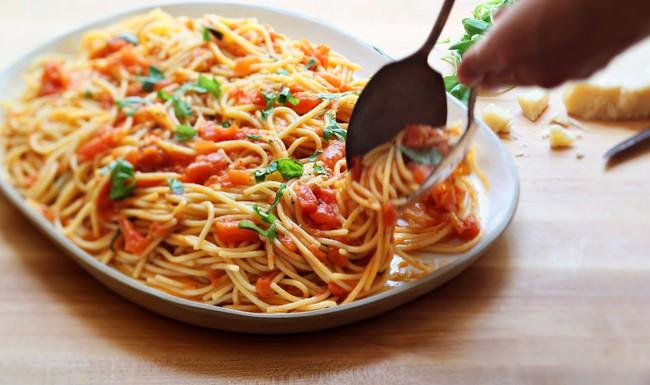 Học 5 quy tắc nấu nướng giúp món mì Ý không lẫn vào đâu được trong nền ẩm thực thế giới - Ảnh 3.
