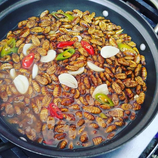 Nhìn những món ăn nổi tiếng Hàn Quốc này, đảm bảo rất nhiều người muốn... bỏ chạy - Ảnh 7.