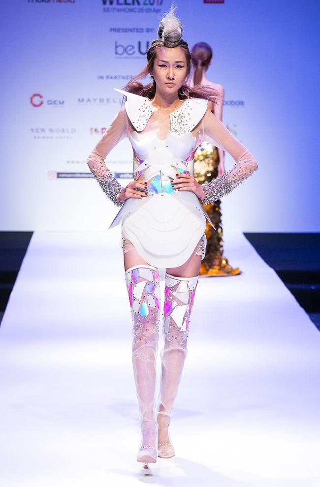 Đến hẹn lại lên, Vietnam International Fashion Week trở lại với mùa Xuân/Hè 2017 vào cuối tháng 4 này - Ảnh 8.