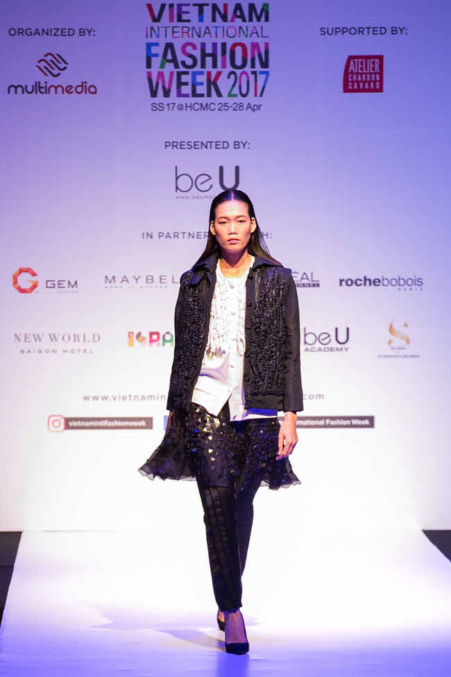 Đến hẹn lại lên, Vietnam International Fashion Week trở lại với mùa Xuân/Hè 2017 vào cuối tháng 4 này - Ảnh 10.