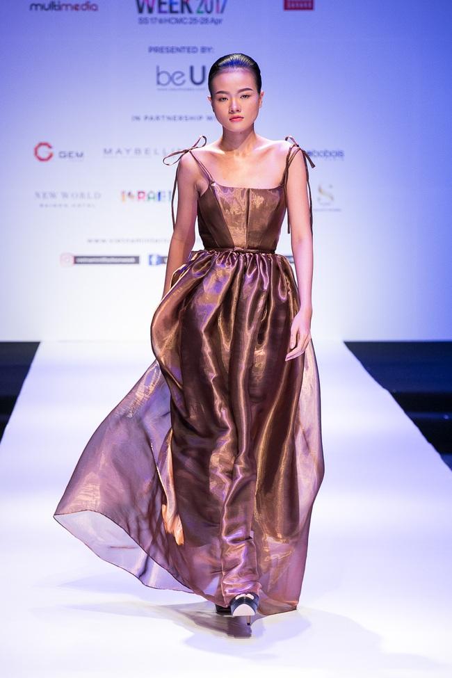 Đến hẹn lại lên, Vietnam International Fashion Week trở lại với mùa Xuân/Hè 2017 vào cuối tháng 4 này - Ảnh 13.