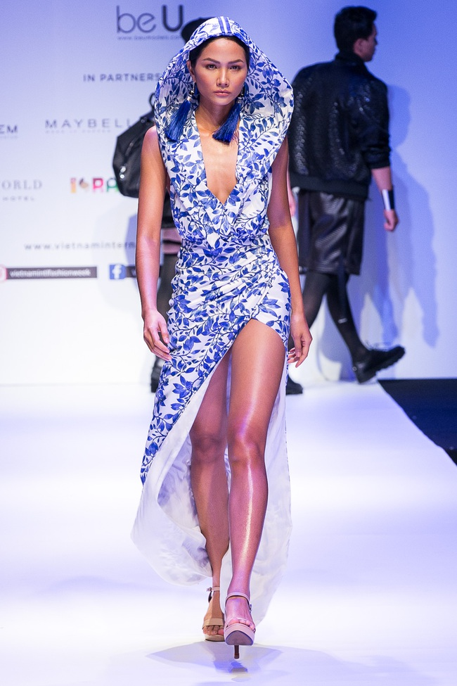 Đến hẹn lại lên, Vietnam International Fashion Week trở lại với mùa Xuân/Hè 2017 vào cuối tháng 4 này - Ảnh 16.