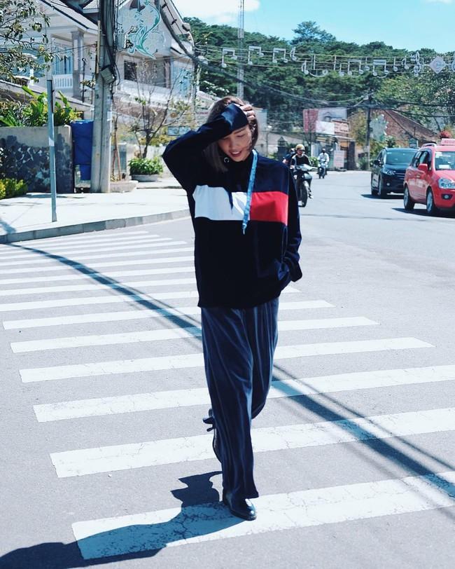 Hóa ra ngoài catwalk siêu, Minh Triệu còn sở hữu gu thời trang chất không tưởng - Ảnh 14.