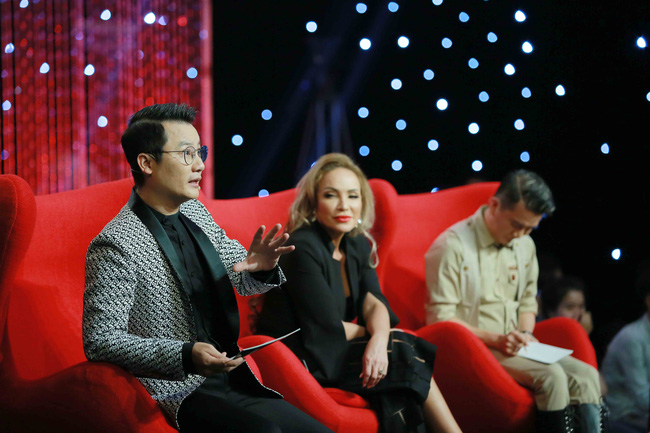 Danh ca Thanh Hà tranh cãi căng thẳng với Thanh Thảo trên truyền hình - Ảnh 1.