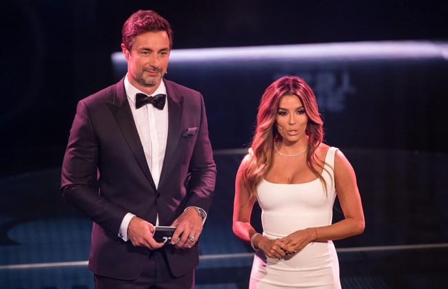 Bạn gái Ronaldo đánh bật nhan sắc sao Hollywood tại Gala FIFA - Ảnh 5.