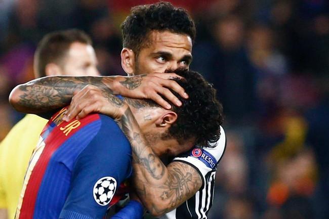 Neymar khóc như mưa, có thể rời Barca đến Man Utd - Ảnh 2.