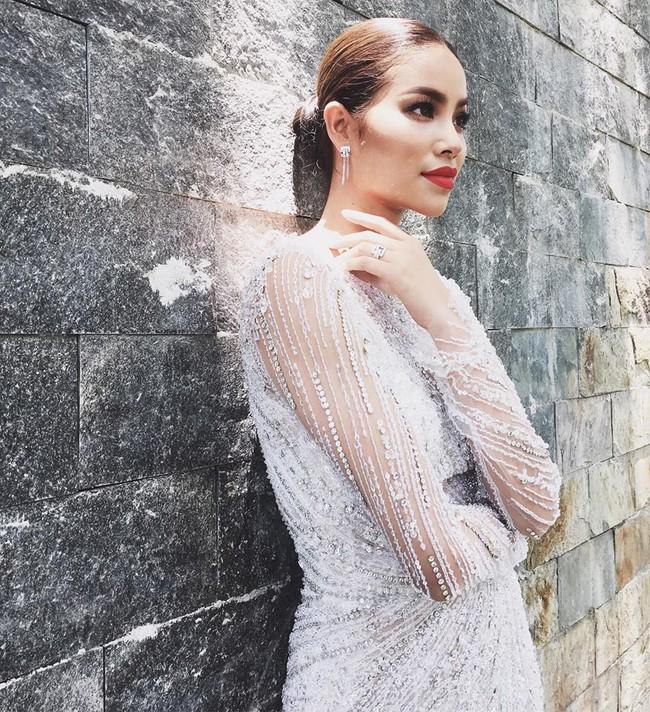 Trước khi thiết kế váy cho tân HHHV, Hoàng Hải vốn đã là NTK của mọi Hoa hậu Việt - Ảnh 18.
