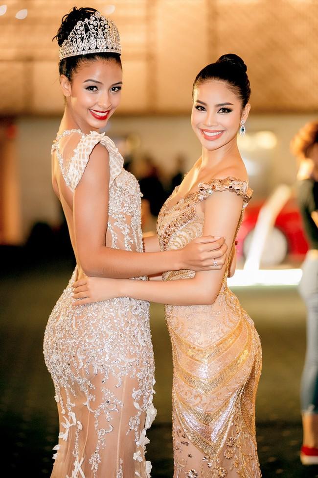 Trước khi thiết kế váy cho tân HHHV, Hoàng Hải vốn đã là NTK của mọi Hoa hậu Việt - Ảnh 15.
