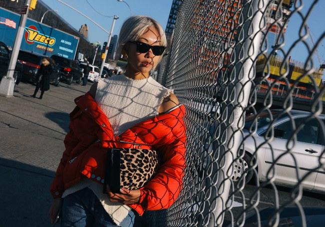 Chiêm ngưỡng đặc sản street style không đâu đẹp bằng của Tuần lễ thời trang New York - Ảnh 2.