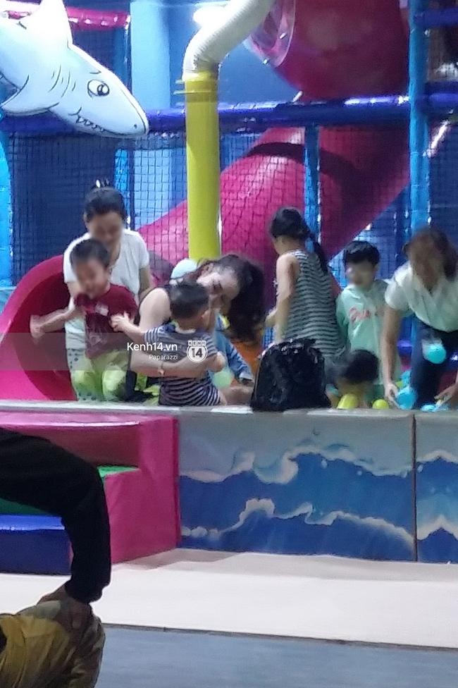 Phi Thanh Vân vui vẻ nô đùa cùng con trai giữa tâm bão đấu tố với chồng cũ - Ảnh 5.