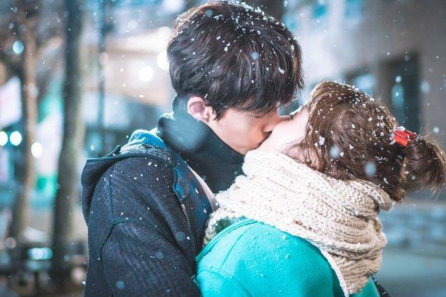 TIên Nữ Cử Tạ Kim Bok Joo - Xem để biết yêu thương đúng cách - ảnh 1