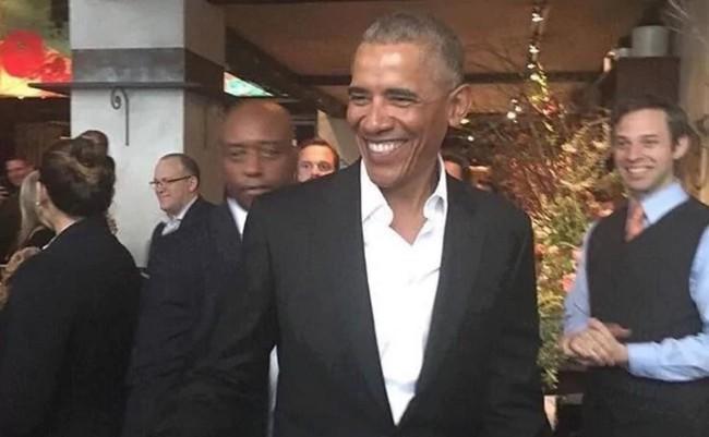 Ông Obama trở lại tràn đầy sức sống sau kỳ nghỉ - Ảnh 2.