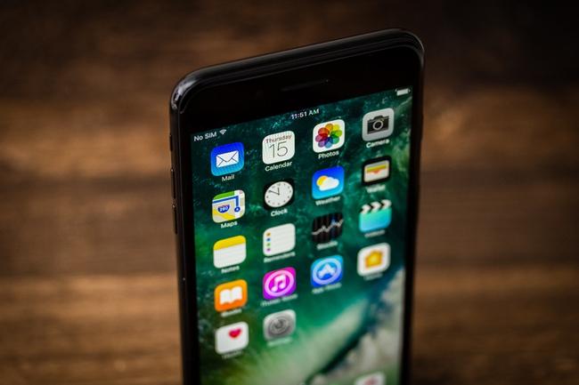iPhone 7 liên tục giảm giá, phải chăng người Việt đã chán iPhone? - Ảnh 2.