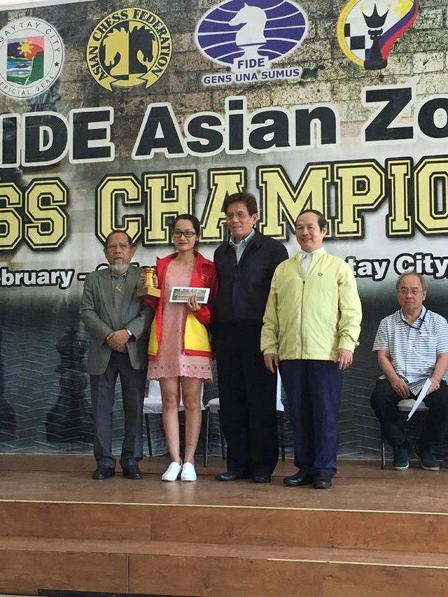 Kỳ thủ Kim Phụng bất ngờ giành vé dự giải thế giới - Ảnh 2.