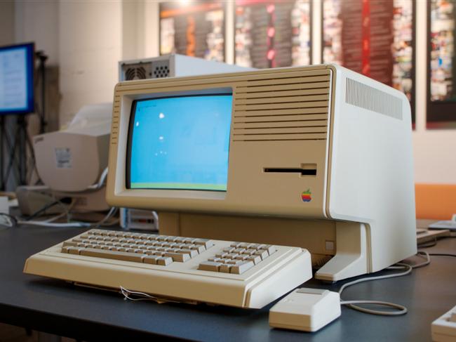 5 sản phẩm giá đắt cắt cổ nhất Apple từng bán ra - Ảnh 1.