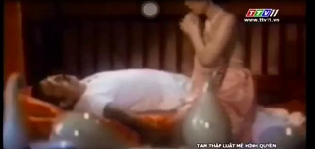 Đài truyền hình Tây Ninh phát sóng phim có hình ảnh gợi dục phản cảm - Ảnh 1.