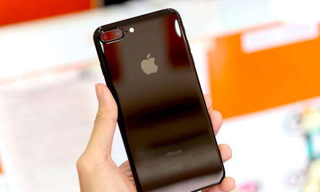 Đây là những nơi iPhone được bán với giá cắt cổ nhất, chớ dại đến đây để mu iPhone - Ảnh 1.
