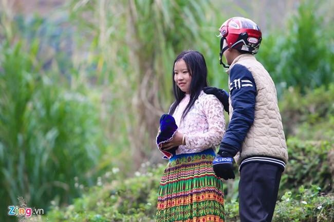 Cảnh bắt người về làm vợ giữa đường vắng ở Hà Giang - Ảnh 15.