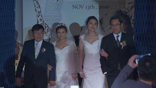 Cô dâu đồng tính được sếp dẫn lên lễ đường vì bố đẻ từ chối có mặt - Ảnh 3.