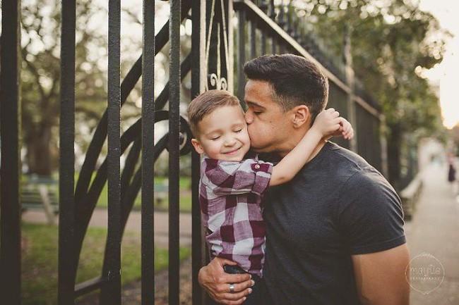 Chia tay nhau đã lâu, 2 vợ chồng vẫn chụp ảnh gia đình mỗi năm và lý do cảm động đằng sau - Ảnh 5.