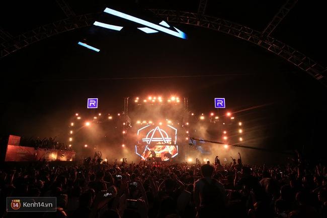Khán giả Hà Nội vỡ oà trong bữa tiệc Future House cùng DJ Top 15 thế giới Don Diablo - Ảnh 4.