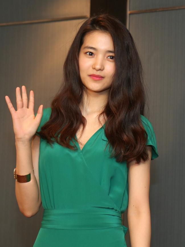 Mĩ nhân phim 19+ The Handmaiden ẵm giải tại Asian Film Awards 2017 - Ảnh 7.